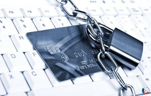Может ли арестовать кредитные карты судебный пристав: блокировка как снять арест