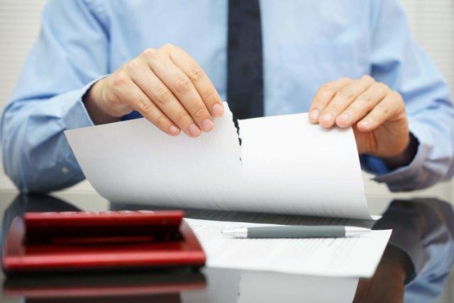 О подаче в суд на банк: можно ли по кредиту, расторжение договора, как выиграть