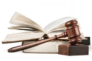 О наложении ареста на счета должника судебными приставами: постановление