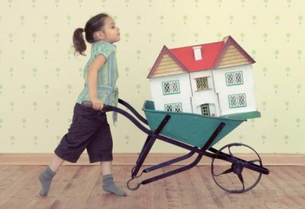 Об оформлении квартиры на несовершеннолетнего ребенка: можно ли, как это сделать