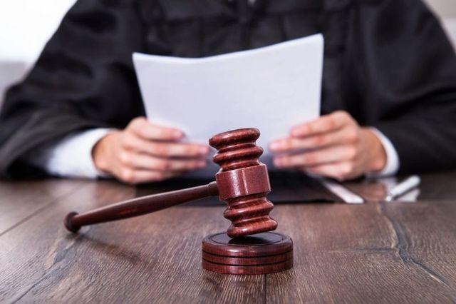 О характеристике работника с места работы в суд: положительная, образец