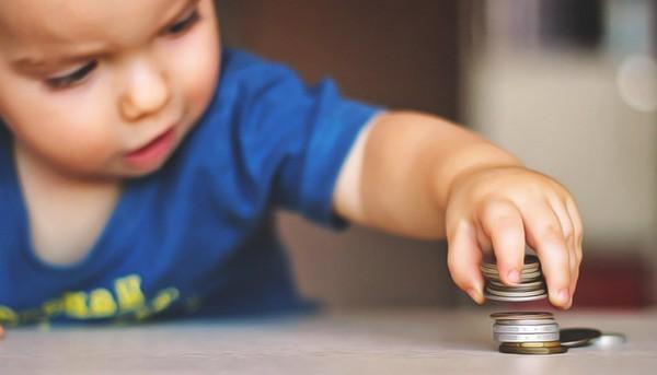 Какие документы нужны для оформления детских пособий: как оформить, справки