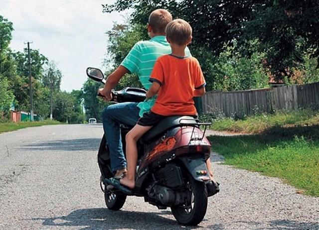 Штраф за езду без прав несовершеннолетних: статья и сумма наказания