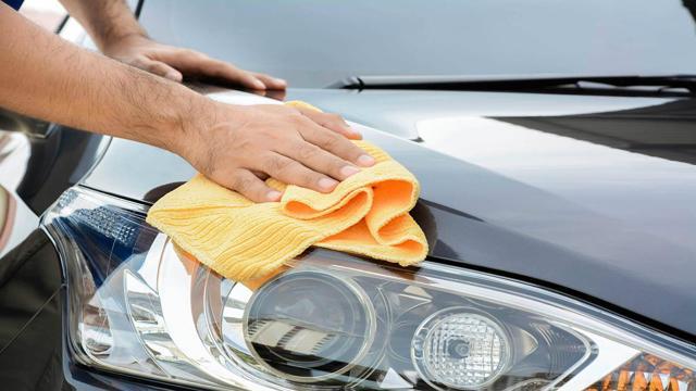 Штраф за мойку машины во дворе: статья и сумма наказания, как оплачивать
