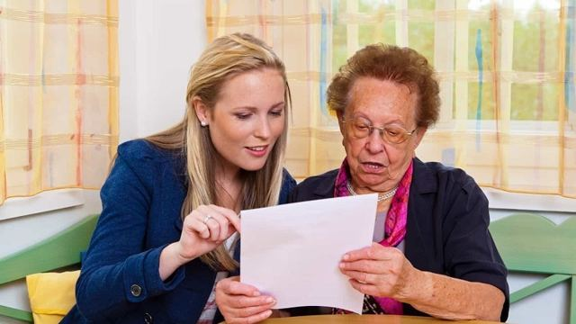 Внуки претендуют на наследство бабушки при живых родителях: могут ли, имеют право
