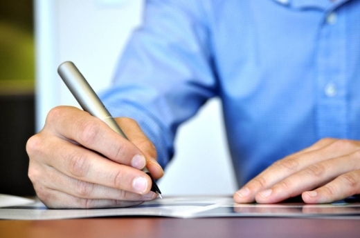 О претензиях на некачественные товары: как правильно написать в магазин, образец