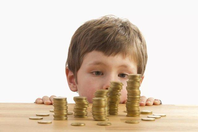 Об алиментах при разводе: назначаются, как выплачиваются на ребенка после