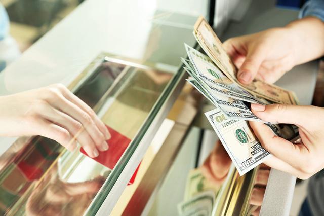 Штраф по закону о защите прав потребителей в размере 50%: статья и сумма наказания