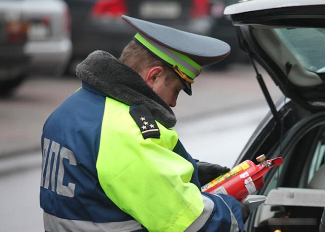 Штраф за аптечку и огнетушитель в 2020: статья и сумма наказания, как оплачивать