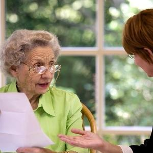 Об обязательной доле в наследстве при завещании для пенсионеров: отказ