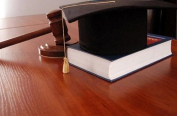 Разъяснение решений суда: образец заявления по гражданскому делу, кто вправе подать