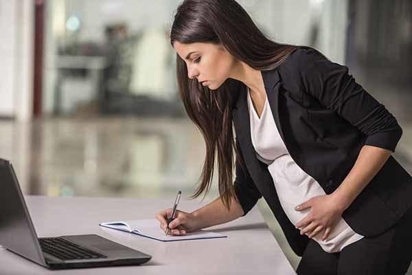 Об оформлении декретного отпуска: какие нужны документы, куда подавать