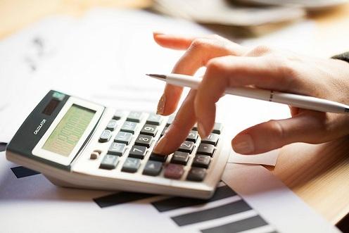 Как проихводится уплата налога при продаже квартиры в собственности менее 3 лет