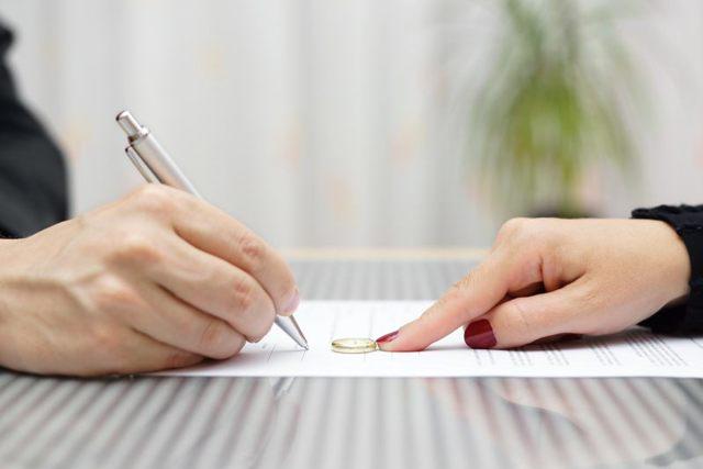 О разводе с мужем при наличии несовершеннолетних детей: документы, что надо