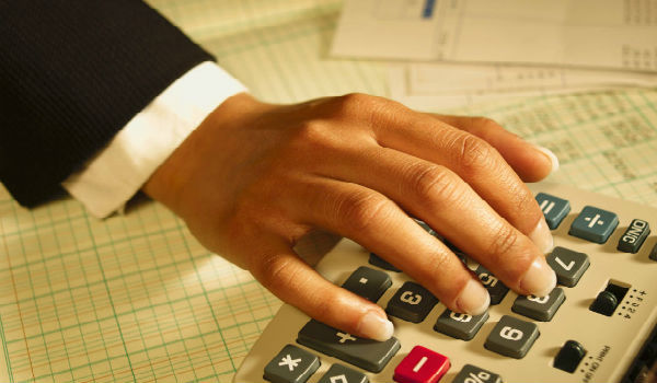 О расчете компенсации за неиспользованный отпуск: формула расчета