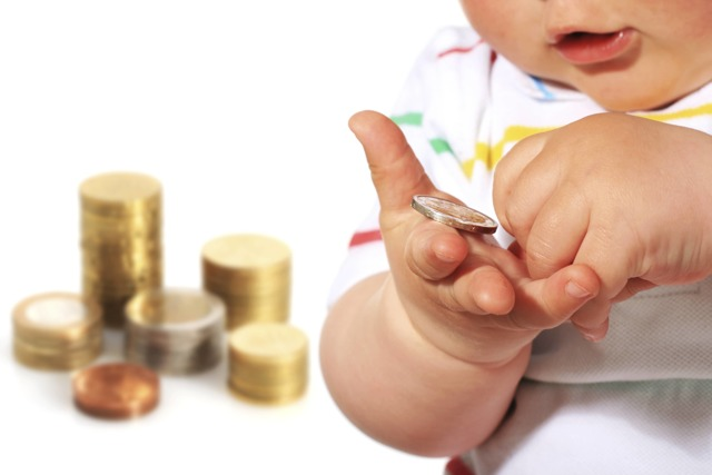 Об алиментах в твердой денежной сумме: как подать, как рассчитать на ребенка